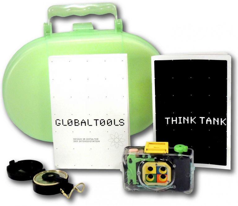 Think Tank and Global Tools: Design im Zeitalter der Intensivstation. Tulga Beyerle, et. al Vitus H. Weh.